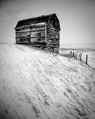Photograph - Dutch Barn In Winter by Peter OReilly