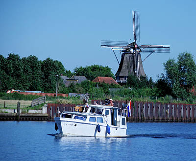 Photograph - Dutch Canal Scene by Eric Tressler