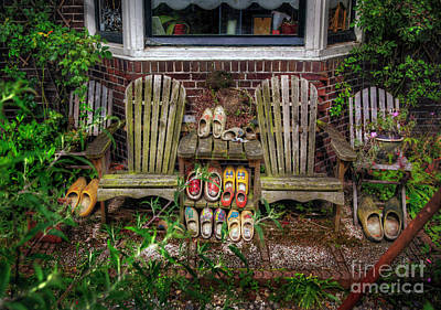 Photograph - Dutch Shoe Garden by Craig J Satterlee