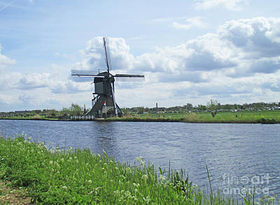 Photograph - Dutch Windmills 51 by Randall Weidner