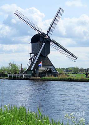 Photograph - Dutch Windmills 56 by Randall Weidner