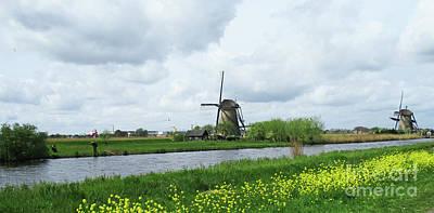 Photograph - Dutch Windmills 61 by Randall Weidner