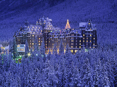 Banff Wall Art - Photograph - D.wiggett Banff Springs Hotel In Winter by First Light