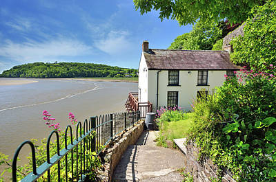 Photograph - Dylan Thomas Boathouse 4 by Phil Fitzsimmons