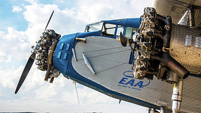 Ford Trimotor Photograph - Eaa Ford Trimotor Aircraft by William Krumpelman