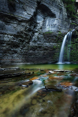 Photograph - Eagle Cliff Falls by Bill Wakeley