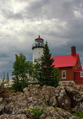 Photograph - Eagle Harbor Lighthouse by Jeff Kurtz