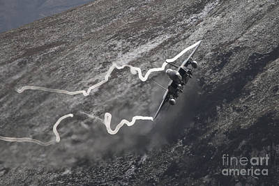 F15 Wall Art - Digital Art - Eagle Through The Loop by J Biggadike