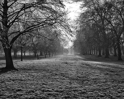 Early Morning In Hyde Park 16x20 Art Print