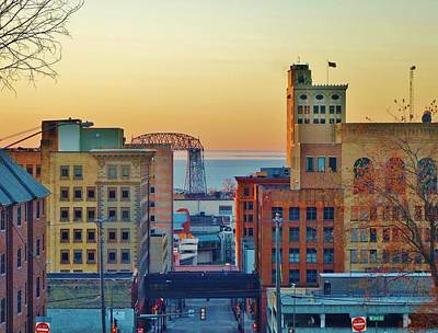 Duluth Photograph - Early-morning Light In Duluth by Jan Swart
