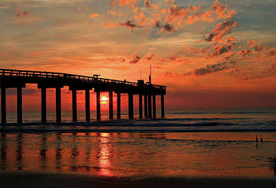 Photograph - Early Morning Sunrise On The Atlantic Ocean St. Johns Pier St. Augustine, Florida by Frank G Montoya