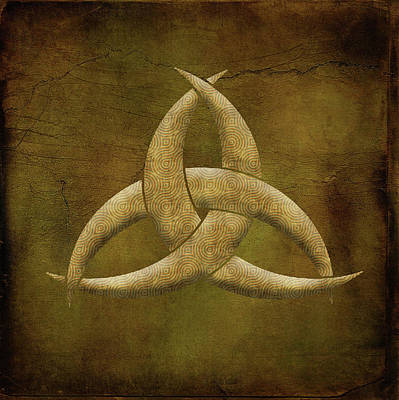 Painting - Earthen Celtic Triquetra Symbol by Kandy Hurley