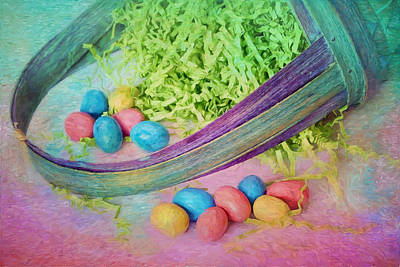 Photograph - Easter Basket by Nikolyn McDonald