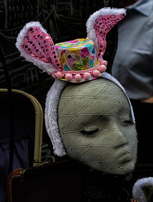 Easter Parade Photograph - Easter Parade Nyc 2017 Mannequin Head Easter Hat by Robert Ullmann
