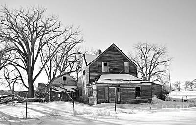 Photograph - Eastern Montana Farmhouse Bw by Chalet Roome-Rigdon