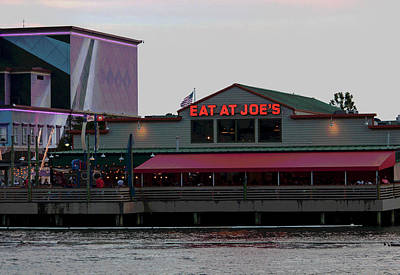 Photograph - Eat At Joes by Suzanne Gaff