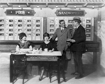 Fast Food Restaurants Photograph - Eating At An Automat by Underwood Archives