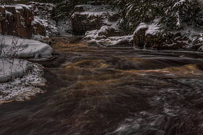 In Eau Claire Wi Photograph - Eau Claire River Around The Bend by Dale Kauzlaric