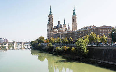 Ebro River In Zaragoza Art Print