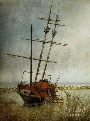 Photograph - Echoes Of Piracy by Heather King