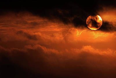 Photograph - Eclipse by Andrew Paranavitana