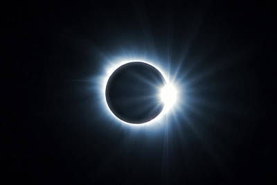 Photograph - Eclipse Diamond Ring by Dan Sproul