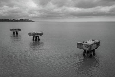 Photograph - Edgewater by Lindy Grasser