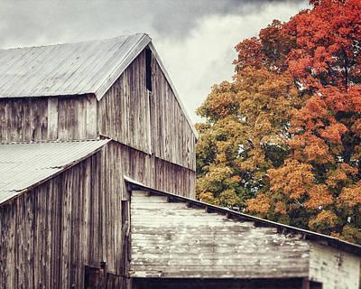 Photograph - Edinboro Barn by Lisa Russo