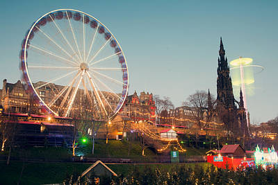 Edinburgh And The Big Wheel Art Print by Ray Devlin