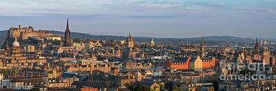 Photograph - Edinburgh Morning by Brian Jannsen