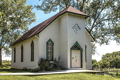 Photograph - Edmonds Chapel by Lynn Sprowl