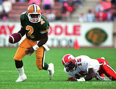 Photograph - Edmonton Eskimos Football - Henry Gizmo Williams - 1990 by Terry Elniski