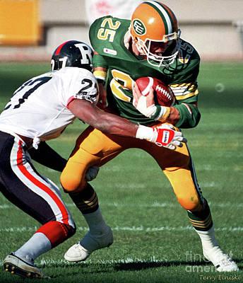 Photograph - Edmonton Eskimos Football - Tom Richards 3 - 1988 by Terry Elniski