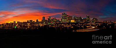 Photograph - Edmonton Skyline Sunset Spectacular by Terry Elniski