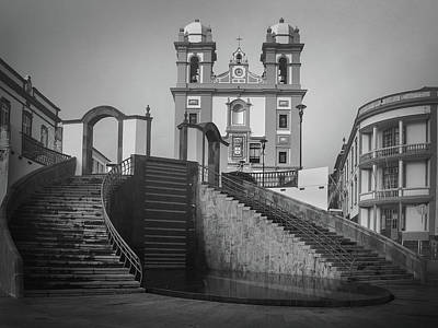 Photograph - Egreja Da Mesericordia And The Gateway To Angra Do Heroismo In Black And White by Kelly Hazel