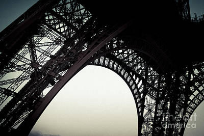 Photograph - Eiffel by RicharD Murphy