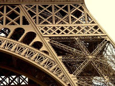 Eiffel Structure 2 Art Print by John Julio