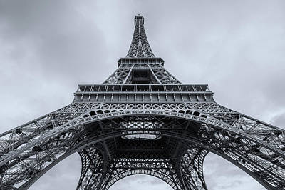 Photograph - Eiffel Tower 3 by Lindy Grasser