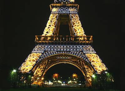 Eiffel Tower At Night Art Print by Hans Jankowski