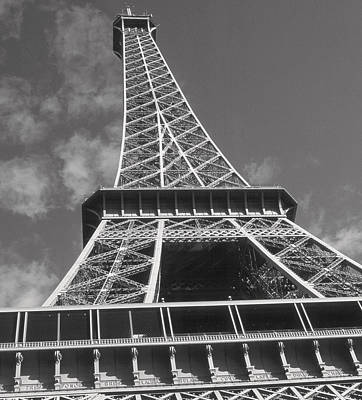 Photograph - Eiffel Tower by Douglas Pike