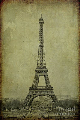 Digital Art - Eiffel Tower by Erika Weber