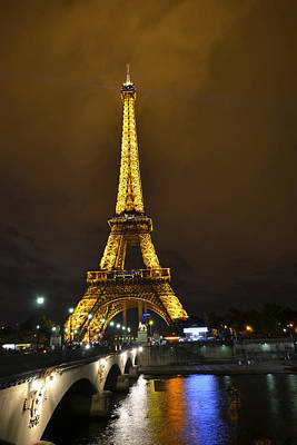 Photograph - Eiffel Tower From Across The Seine River by Toby McGuire
