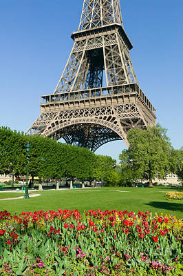 Photograph - Eiffel Tower In Spring II by Clarence Holmes