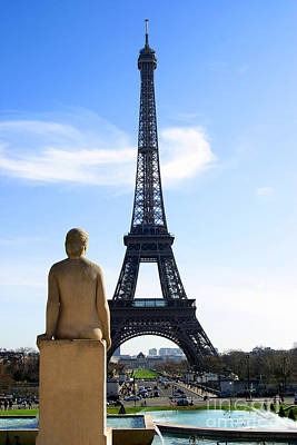 Eiffel Tower Paris Art Print by Paul Topp