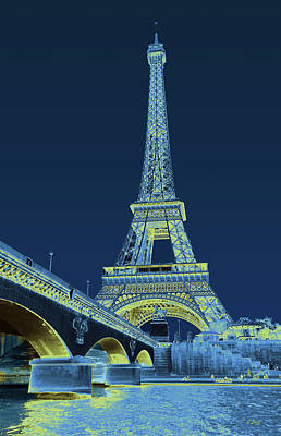 Photograph - Eiffel Tower, Impressionistic by Gordon Beck