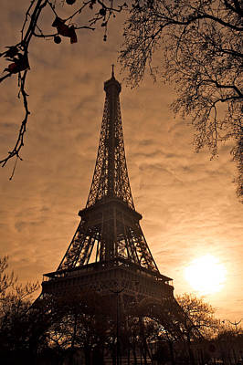 Photograph - Eiffel Tower Sunset by Lawrence Boothby