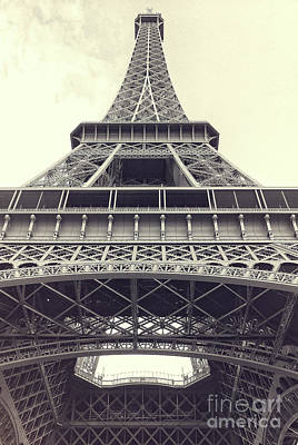 Photograph - Eiffel Tower Urban by Ivy Ho