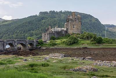 Photograph - Eilean Donan Castle 0554  by Teresa Wilson