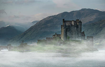Photograph - Eilean Donan Castle At Dawn by Jaroslaw Blaminsky