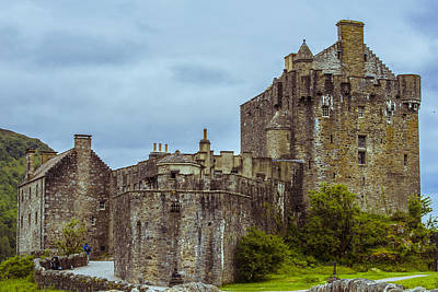 Photograph - Eilean Donan Castle II by Steven Ainsworth